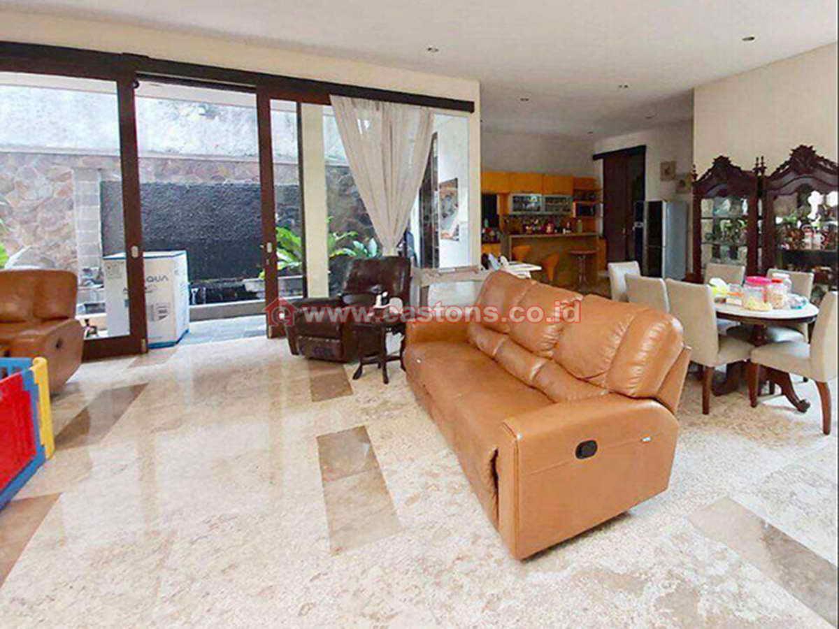 Dijual Rumah Di Pondok Indah (PD009330)