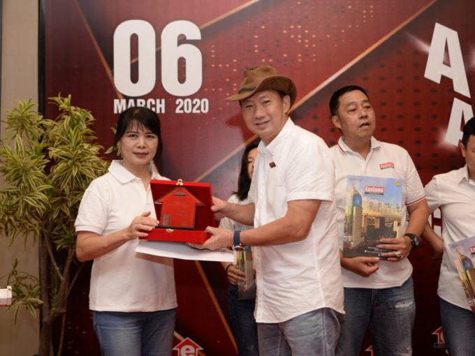 EASTONS Annual Award
