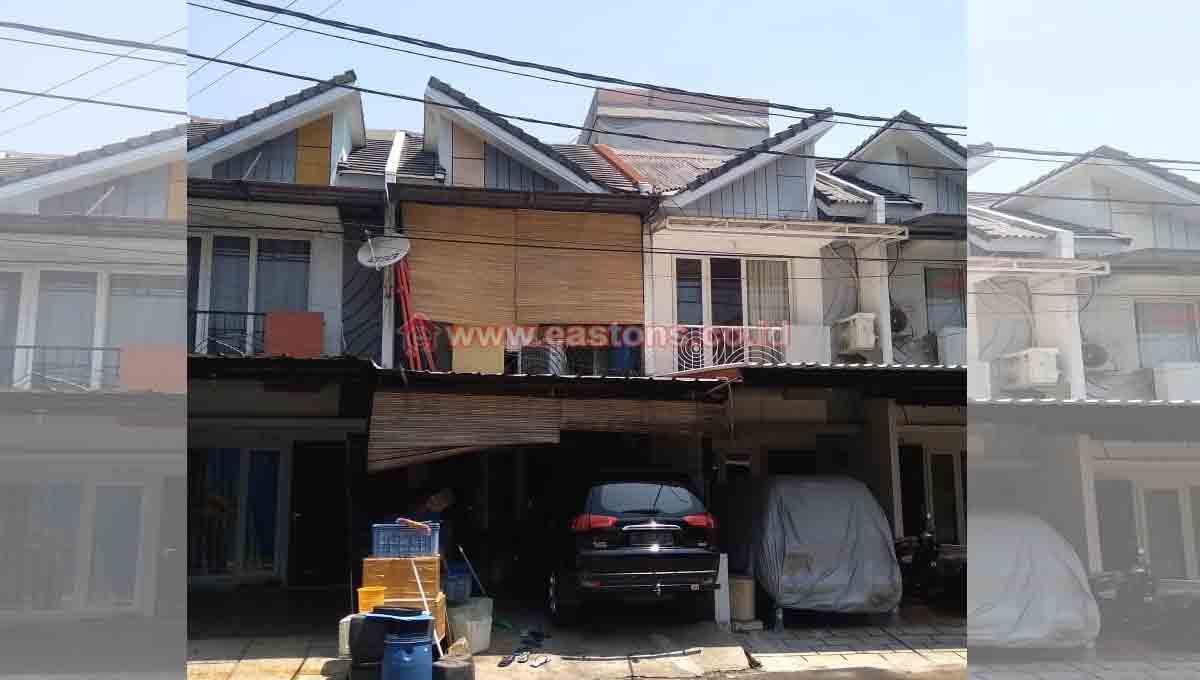 Dijual Rumah Di Golden Palm (CGK010796)